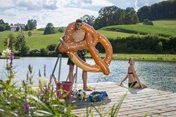 Schwimmbreze XL – Aufblasbare Bayerische Breze -