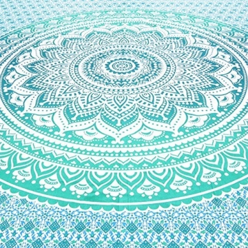 Aakriti Gallery Tapestry Queen Ombre Hippie Tapestries Mandala Bohemian Psychedelic Intricate Indian Bedspread 92x82 Inches (Green) - 4