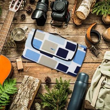 Relaxdays Picknickdecke XXL, 200 x 200 cm, wärmeisoliert, Faltbare Stranddecke, wasserdicht, mit Tragegriff, blau-beige - 8