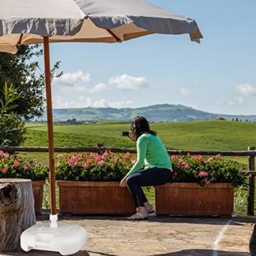 Relaxdays Sonnenschirmständer Kunststoff, befüllbar mit Wasser, Sand, Stockgrößen 25-32mm, 43x43 cm,hell-grau - 5