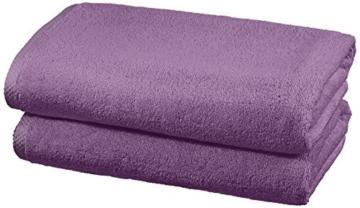 AmazonBasics - Handtuch-Set, schnelltrocknend, 2 Badetücher - Lavendelviolett, 100% Baumwolle - 1