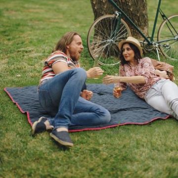 Bessport Camping Decke,Stranddecke wasserdichte, Sandabweisende Campingdecke, Warm Outdoor Picknickdecke Fleece 200 x 145 cm - für Camping, Outdoor, Picknicks, Reise, Terrasse und Heimnutzung (Red) - 4