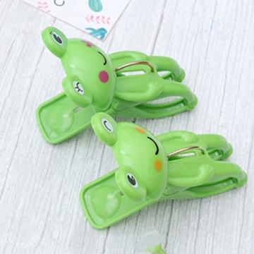 IMIKEYA 4 Stück Kunststoff Cartoon Frosch Form Clips Strand Handtuch Klammern Kleidung Steppdecke Klammern Jumbo Größe (grün) - 5