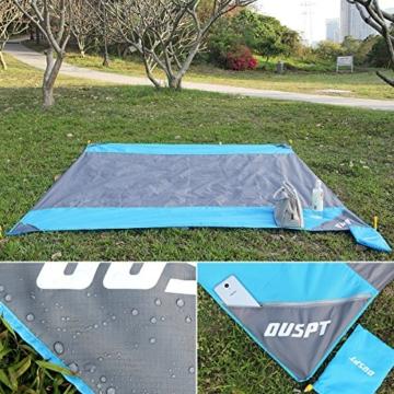 OUSPT Picknickdecke 210 x 200 cm, Stranddecke wasserdichte, Sandabweisende Campingdecke 4 Befestigung Ecken, Ultraleicht kompakt Wasserdicht und sandabweisend (Grau) - 2