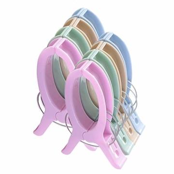 sinzau 8 PCS Jumbo Größe Strandtuch Clips, Vier Farben Wäscheklammern Kunststoff Clips Handtuch Klammer für Strand Pool tägliche Wäsche, schwere Badetuch etc - 1
