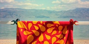 Tuuli Beach Towel Clips PREMIUM DESIGN - Hochwertige Strandtuch Klammer befestigen Handtuch Strandtasche Strandkleid Sonnenbrillen Strandmuschel an Sonnenliege Ideal für Windsurf Segeln Wakeboard Sonnenurlaub - 6