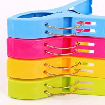 Voarge 8 Stück Handtuchklammer Strandtuchklammer Plastik 4 Farben Clips Groß Kleider Trocknen Klammer für Wäsche, Strandtuch, Badetuch, Teppich etc - 5