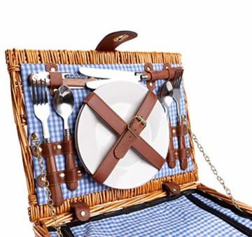 eGenuss LYP1598BLU Handgefertigtes Picknickkorb für 2 Personen – Kühlfach, Multifunktionsmesser, Edelstahlbesteck, Teller und Weingläser inklusive - Blaues Gingham-Muster 32x25x17 cm - 5