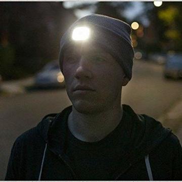 OMOUP 4 LED Stirnlampe Beanie Mütze, Winter warme Beanie Hut Hände frei beleuchtete Beanie Mütze mit (Schwarz) - 3