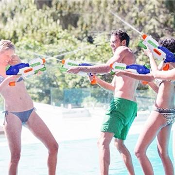 Ucradle 2 × Wasserpistole, Wasserpistolen groß 1.2L mit 11 Meter Reichweite für Kinder und Erwachsene, Water Gun Blaster Spielzeug für Sommerpartys im Freien, Strand, Pool, Garten Strandspielzeug - 5