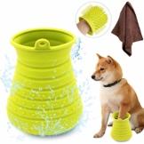 Idepet Hunde Pfote Reiniger,Haustier Pfotenreiniger mit Handtuch Dog Paw Cleaner für Hunde Katzen Massage Pflege Schmutzige Klauen (Grün) - 1