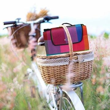 Relaxdays Picknickdecke XXL, 200 x 200 cm, Fleece Stranddecke, wärmeisoliert, wasserdicht, mit Tragegriff, bunt kariert, schwarz-rot - 4
