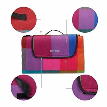 Relaxdays Picknickdecke XXL, 200 x 200 cm, Fleece Stranddecke, wärmeisoliert, wasserdicht, mit Tragegriff, bunt kariert, schwarz-rot - 6