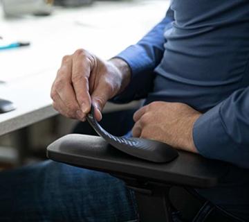 Gel-Buddy chair Die Armauflage für den Bürostuhl Gaming-Stuhl oder Schreibtischstuhl, Farbe:schwarz, Größe:15 x 5cm - 7